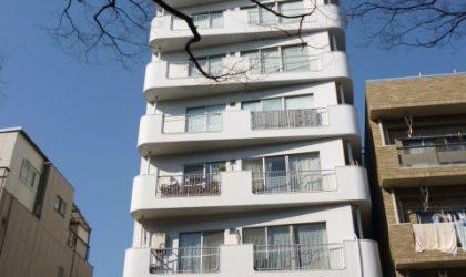 東京都新宿区にて事故物件の買取とゴミ屋敷